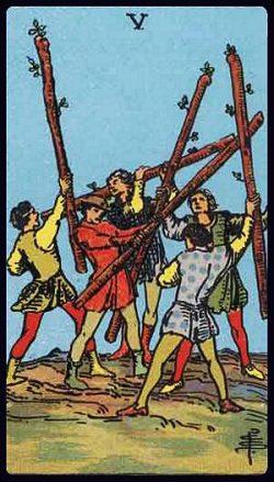 Fünf der Stäbe Tarot Tageskarte